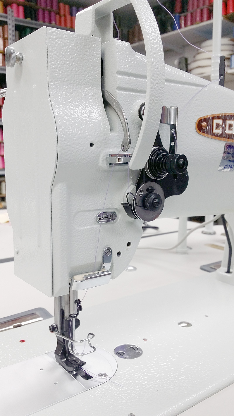 CONSEW 206RB-5 Walking Foot Sewing Machine