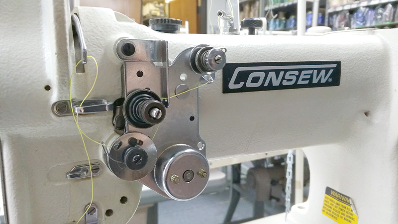 CONSEW 227R Cylinder Arm Walking Foot Sewing Machine