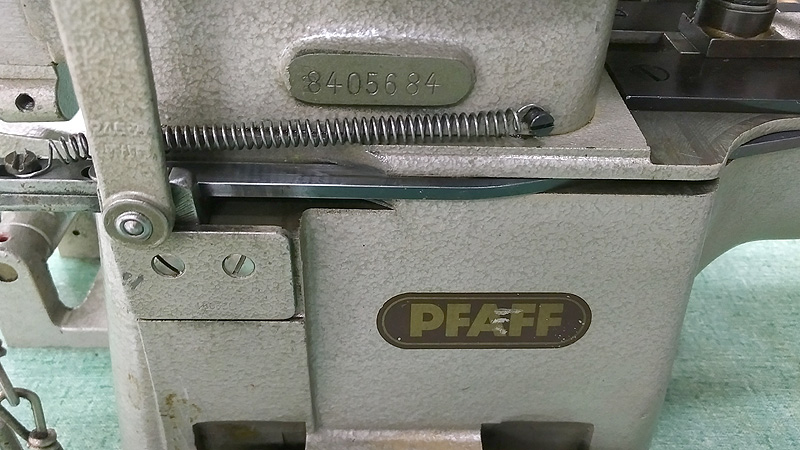 PFAFF 3335 Box X Tacker