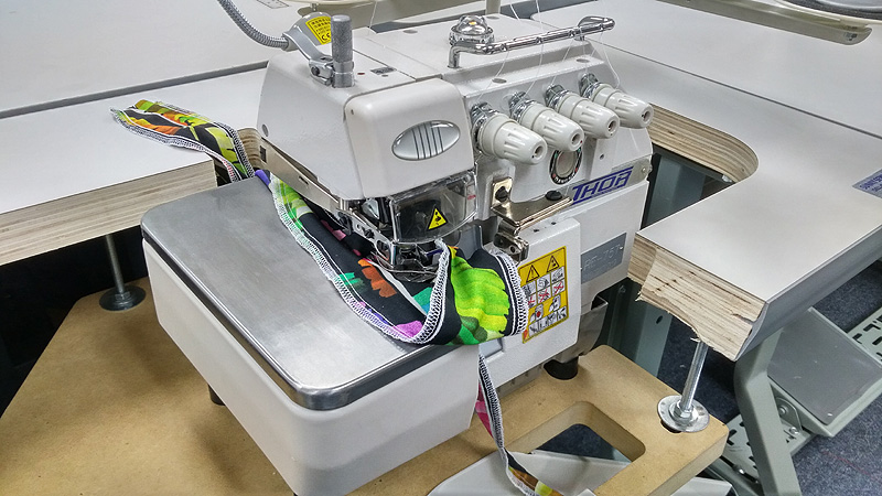 THOR RE-757 Safety Stitch Serger
